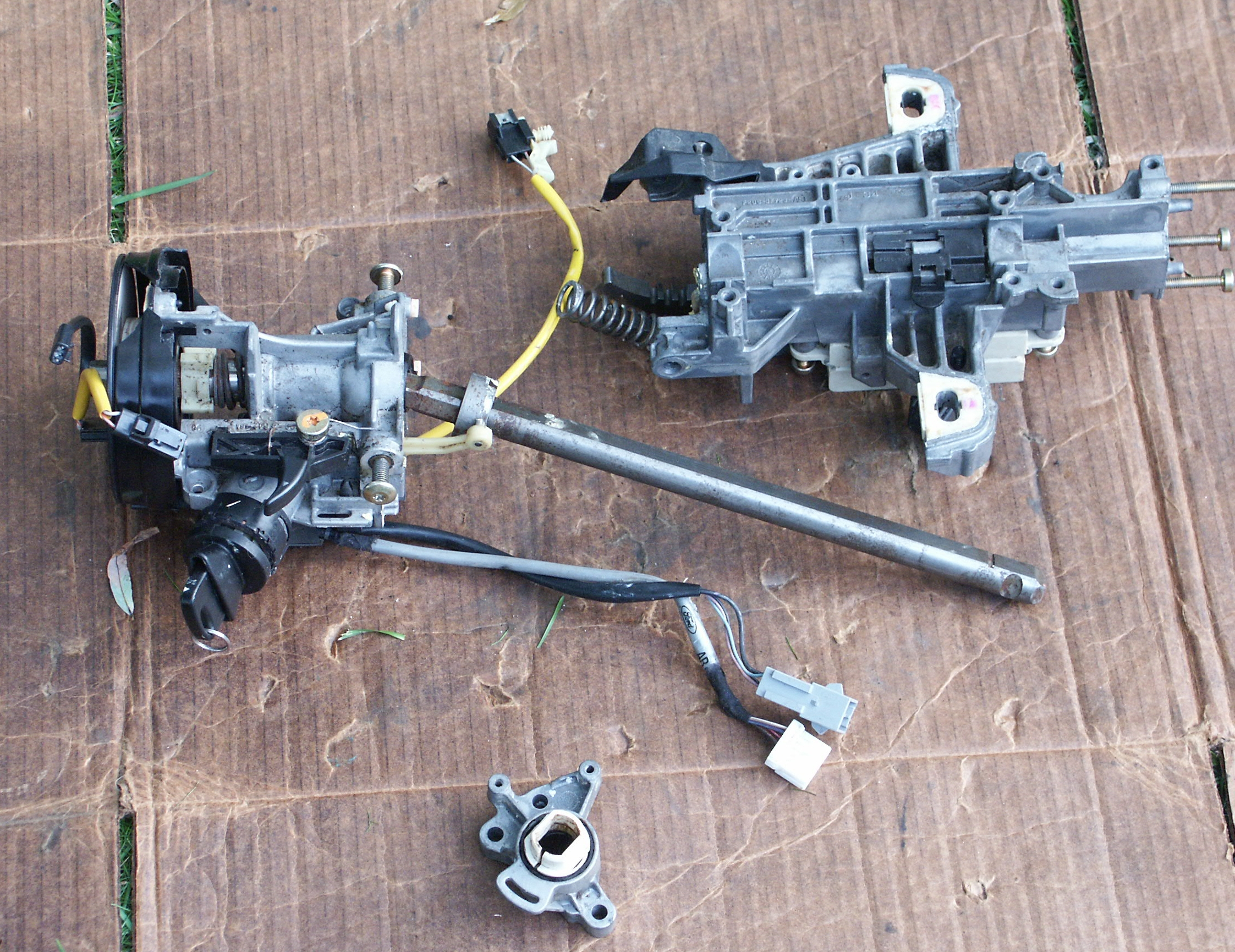 steering column shaft 1990 crown ford victoria 2002 1995 joint 1994 slightly disassembled shafts longer run would through which pantherbb