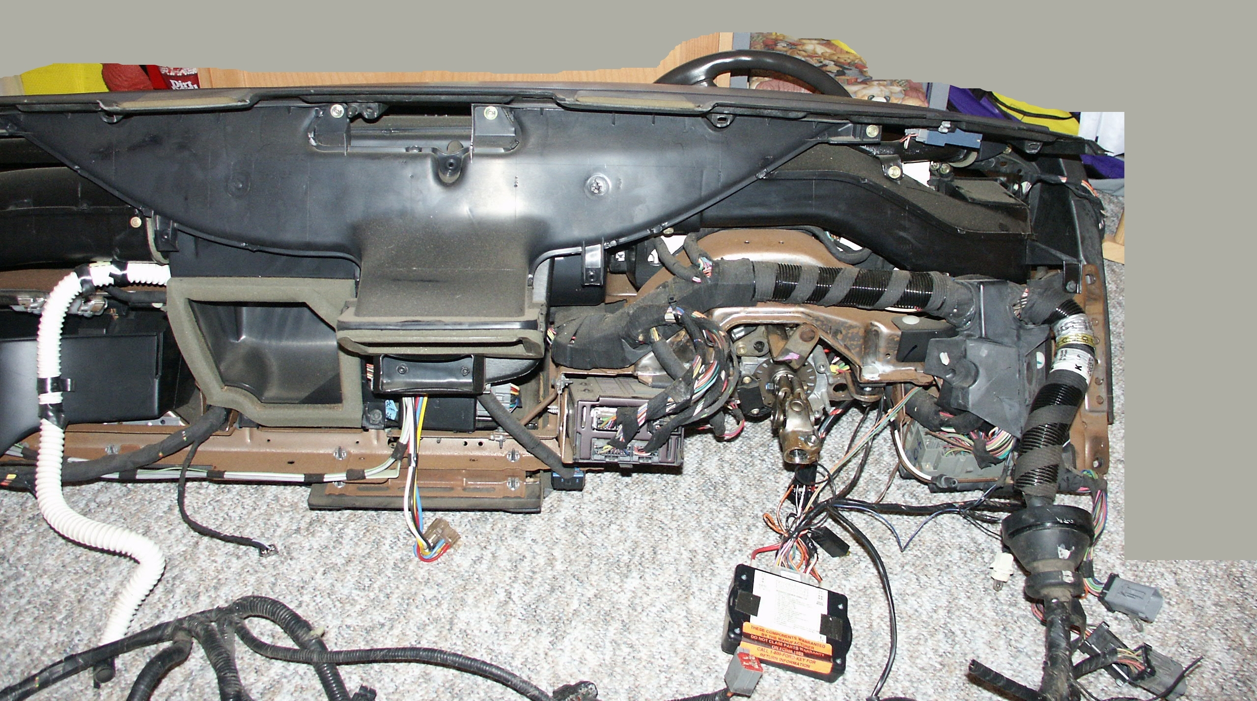 98 Lincoln Town Car Fuel Pump Wiring Diagram Will 2007 Fuse Ford Crown Victoria Dashboard Pictures 1998